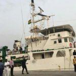 Cinco marineros de un atunero secuestrados en Ghana por piratas nigerianos