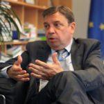 Planas presente al comisario Vella las inquietudes del sector pesquero español