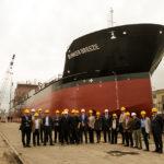 Zamakona amadrina el buque Bunker Breeze, diseñado para todos los combustibles