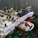 La flota de cerco de A Couña protesta contra el excesivo celo de inspectores