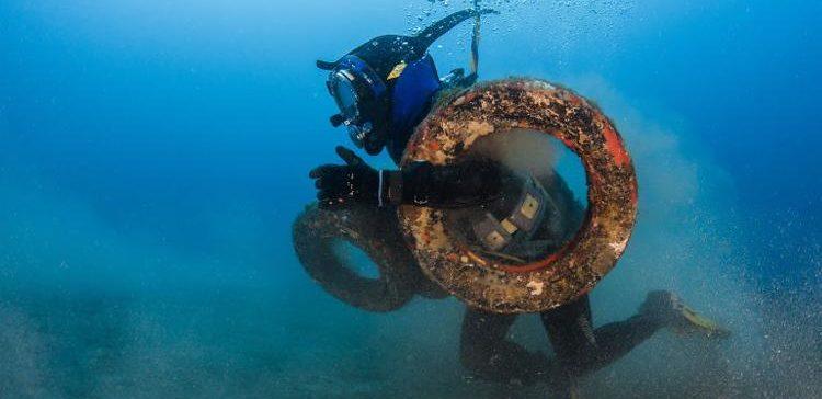 Francia retirará 22.500 neumáticos para el 2020 alojados en el fondo del mar