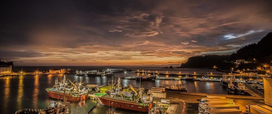 Una fotografía simula cómo quedará el puerto y la lonja de Ondarroa
