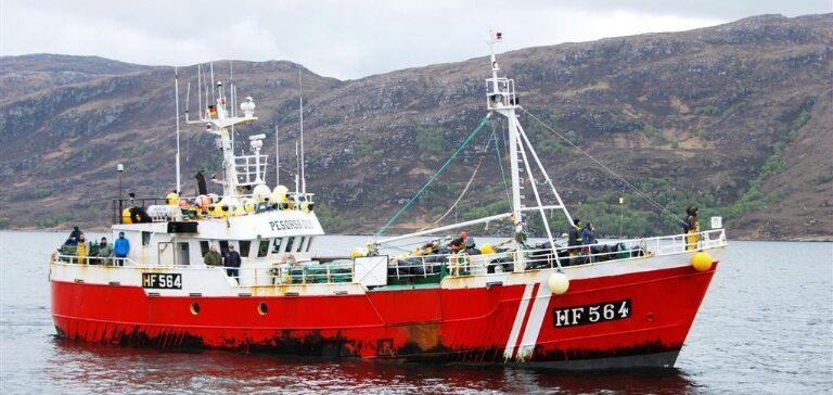 Escocia muestra su oposición al empleo de la red de enmalle por parte de la flota española
