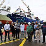 Nodosa bota un innovador barco mejillonero para O Grove