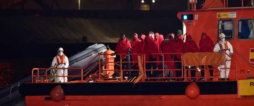 "Trabajadores de Salvamento Marítimo piden a Fomento refuerzos tras los naufragios de pateras: ""No podemos trabajar a ese ritmo"""